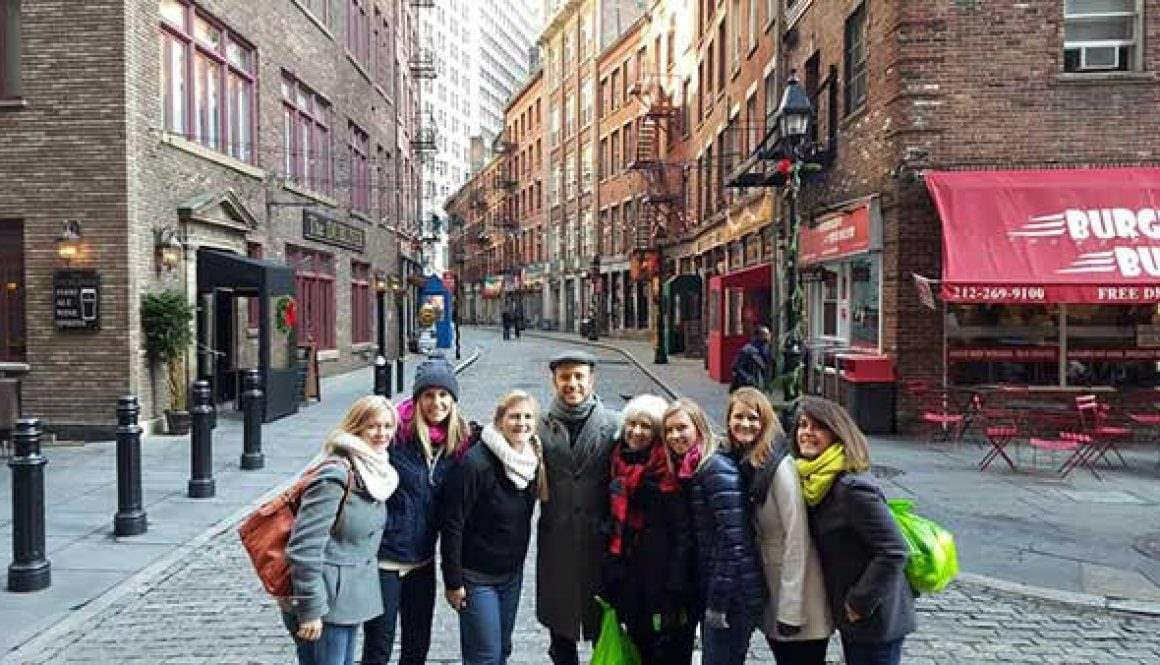 Stone Street Nyc Best Places To Eat And Drink Downtown